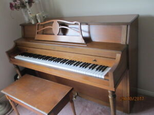 Console Piano for SALE