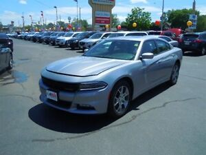 2016 DODGE CHARGER SXT- SUNROOF, HEATED FRONT SEATS, BLUETOOTH,
