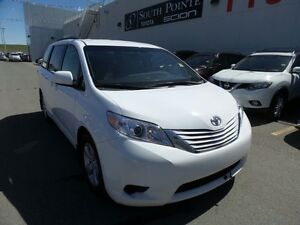 2015 Toyota Sienna LE | 8 Passenger | Bluetooth | Heated Seats