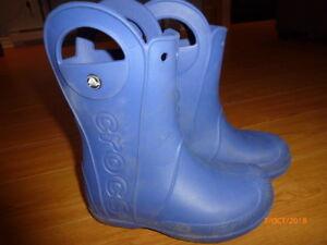 Botte d'eau taille 1 bleu de marque Crocs