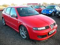 SEAT LEON 1.8 CUPRA R 20V 5d 225 BHP (red) 2004