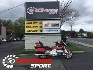 2010 Honda GL1800AL Goldwing avec CB
