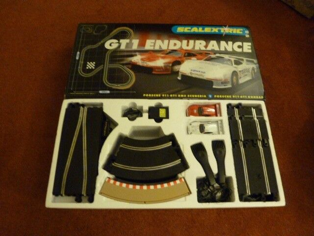 C1017T SCALEXTRIC GT1 ENDURANCE boxed set
