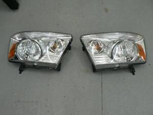 2009 Dodge Ram 1500  head lights
