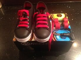 Kids Heelys UK 1 .. never been worn , still boxed £30