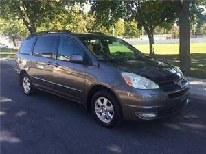 2004 TOYOTA SIENNA  , 7 PASSAGERS , AUTOMATIQUE , AC, COMME NEUF