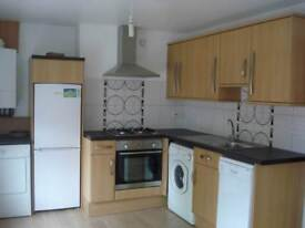 2 bedroom flat in Cathays Terrace, Cathays, Cardiff
