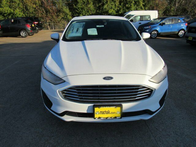 Owner 2020 Ford Fusion SE 1390 Miles Oxford White 4dr Car Intercooled Turbo Regular Un