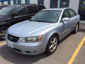 2006 Hyundai Sonata GLS, Leather, Sunroof, Heated seats, LOADED!