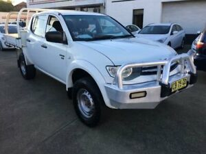 2012 Mitsubishi Triton MN MY12 GLX (4x4) White 5 Speed Manual 4x4 Cab Chassis Granville Parramatta Area Preview