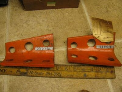 2 Allis Chalmers Nos Angle Bracket 350510 Planter Plow Implement