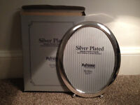 Silver Oval Photo Frame 8 x 10 inches (BRAND NEW IN BOX) unwanted gift