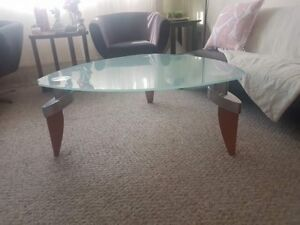 Glass Coffee table like new spotless