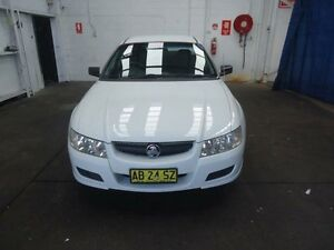 2004 Holden Commodore VZ White 4 Speed Automatic Utility Cardiff Lake Macquarie Area Preview