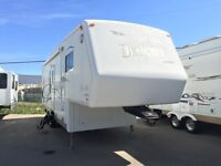 2002 JAYCO DESIGNER 29ft REAR KITCHEN FIFTH WHEEL- IMMACULATE CO