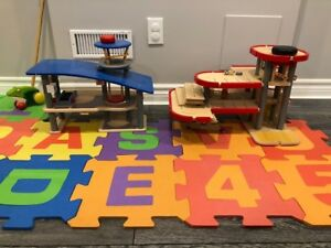 Wooden Toys - Airport and Parking Garage