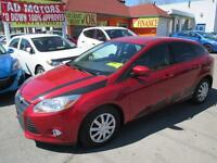 2012 Ford Focus SE  AUTO LOAD 30 KM-APPROVED FINANCING!