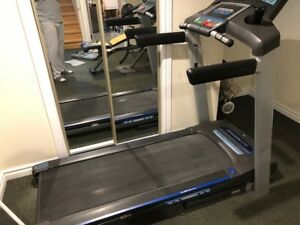 VERY GOOD CONDITION TREADMIL