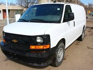 2017 Chevrolet Express 2500 CARGO VAN LOW KM FINANCE AVAILABLE