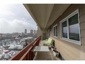 2 Bedroom Condo for sale in the Heart of Downtown!