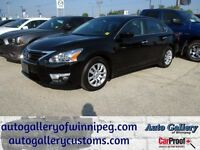2013 Nissan Altima 2.5 S *Only 9,369kms