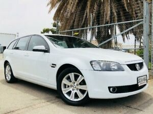 2008 Holden Calais VE V White Sports Automatic Wagon