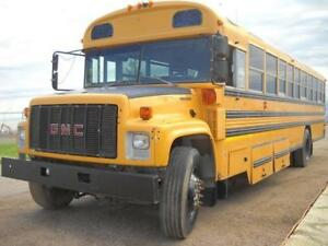 1999 GMC 7000 Bus