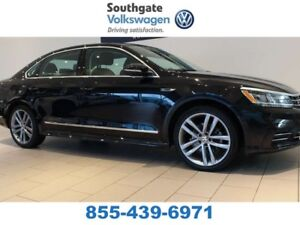 2017 Volkswagen Passat R-LINE | LEATHER | SUNROOF | HEATED SEATS