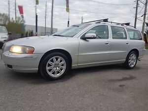 2007 Volvo V70 LEATHER, SUNROOF, ONLY 136 KMS