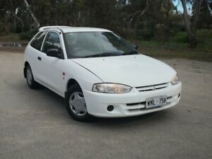 2001 Mitsubishi Mirage CE White 5 Speed Manual Hatchback Mile End South West Torrens Area Preview