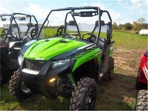 16 ARCTIC CAT PROWLER 700 XT DEMO! NEW PRICE! 4 TO CHOOSE FROM! Peterborough Peterborough Area image 1