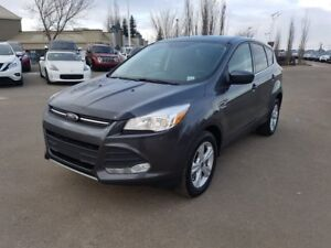 2016 Ford Escape SE 4X4 Accident Free,  Heated Seats,  Back-up C
