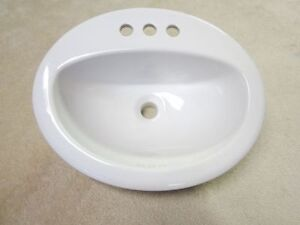 EVIERS NEUVES DANS BOITE- SINKS NEW IN BOX