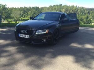 FULLY LOADED AWD 2010 Audi A5  S- Line Coupe (2 door)