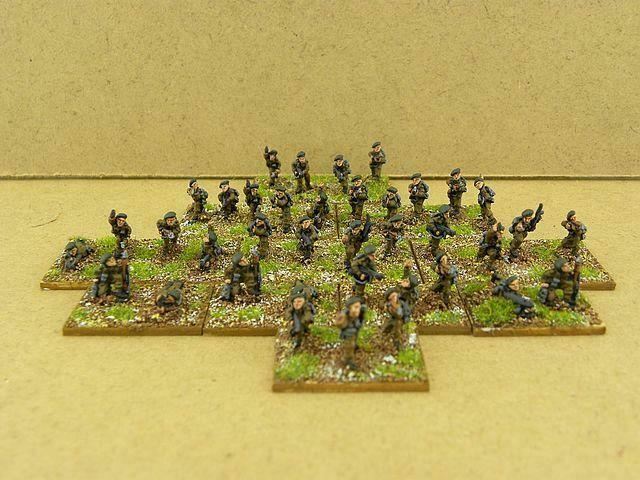 FOW painted British Commando Platoon & Commando Troop HQ BR793