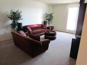 Stirling Place : Beautiful 1 Bedroom, Basement Corner Unit!