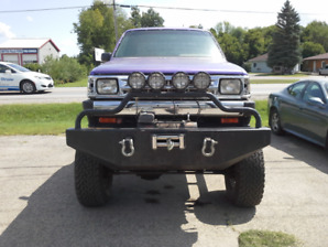 1987 MAZDA B2000 4x4 ON 1980 CHEV CHASSIS