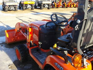 Kubota BX25D-1 Tractor with Backhoe