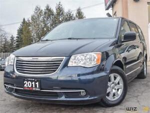 2011 Chrysler Town & Country Touring *NAV/CAM/DVD* ONLY 81K KM*