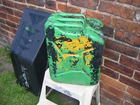 Retro Jerry Can lots of differant paints, labelled WD 1953rough, come and collect Mosbo