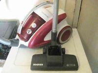A HOOVER CURVE CU81 BAGLESS CYLINDER VACUUM CLEANER HOOVER FREE DELIVER!