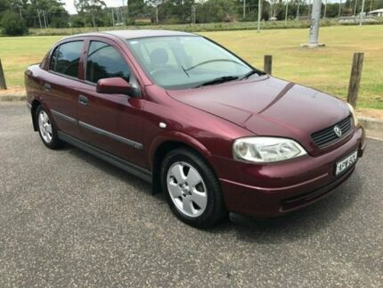 2002 Holden Astra TS CD Burgundy 5 Speed Manual Sedan