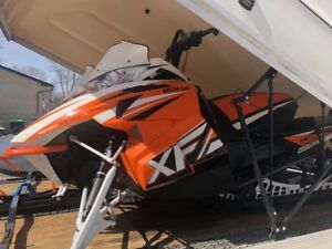 2016 Arctic Cat XF 8000 High Country Sno Pro