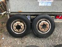 2 x 185 R 14 C Michelin Tyres on rims 6 Stud
