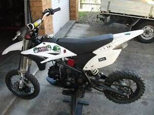 Pit bike 125 2011 model in vgc Underwood Logan Area Preview