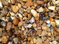 20 mm golden shingle garden and driveway chips/ stones/ gravel