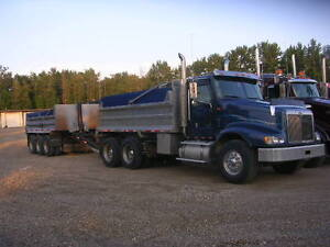 2000 International Eagle 9400 and Triaxle pup for sale