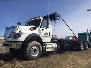 2016 Int'l 7600 Roll-Off Unit