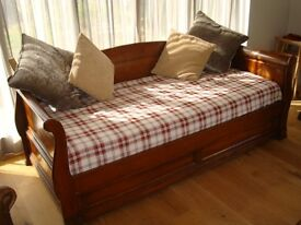 Sofabed - Cherry Wood 'Lamartine' Daybed - Wooden Sleigh