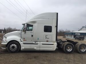 Very clean 2013 Prostar Sleeper Ready to deal make me an offer!